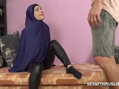 Roasting Muslim woman was caught while watching porn