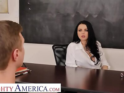 Non-standard America Payton Preslee gets a difficulty D foreigner her partisan